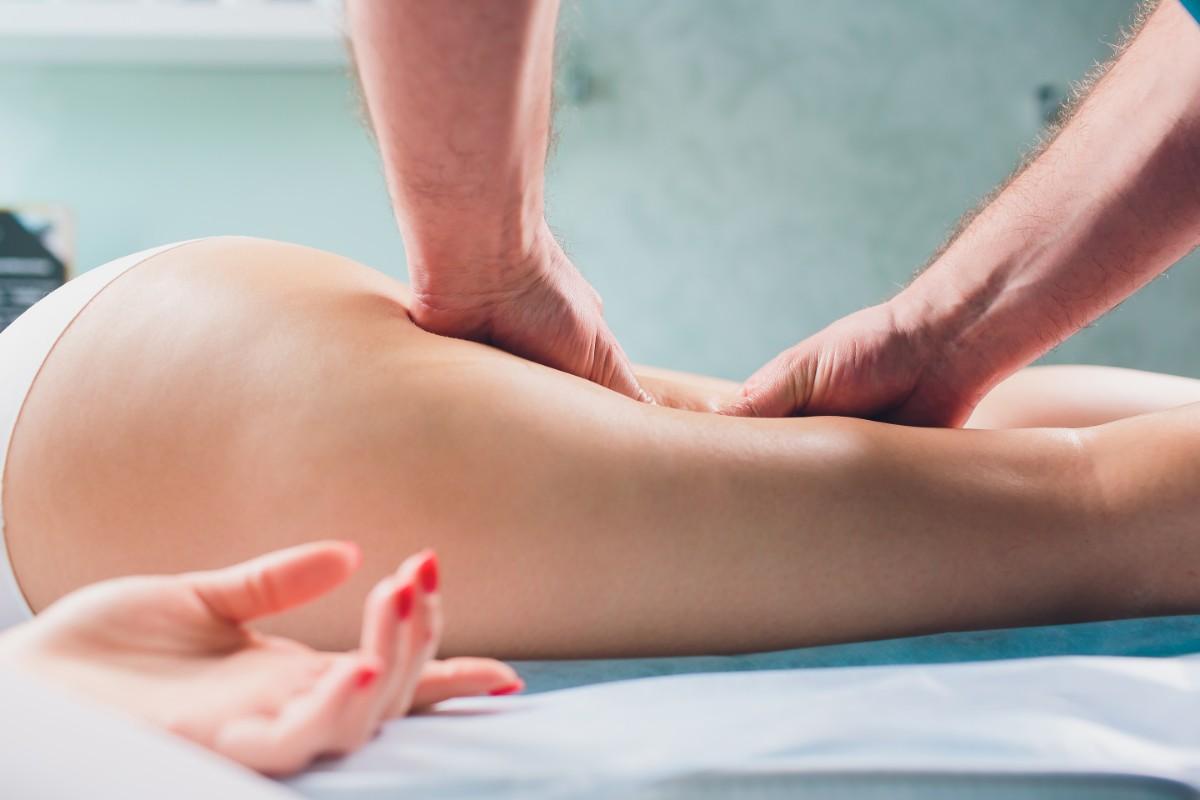 ritenzione idrica: massaggio linfodrenante