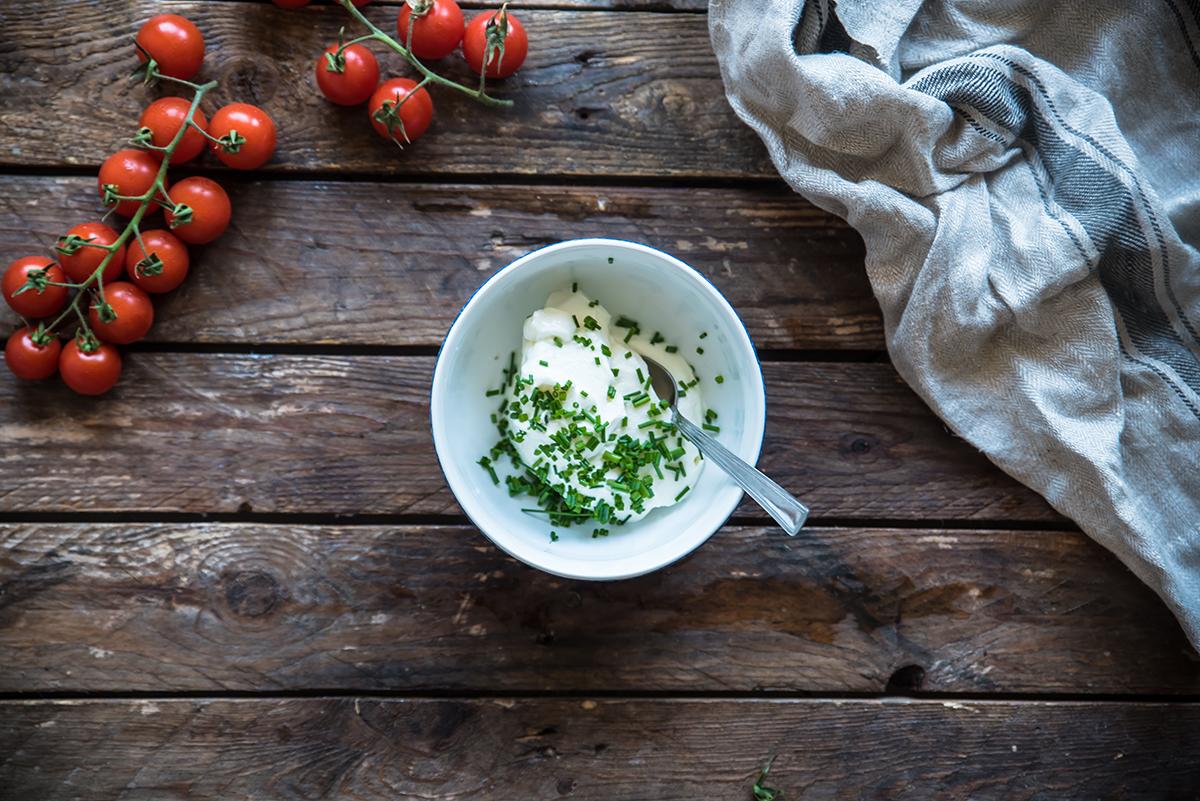 spiedini tramezzini salsa yogurt