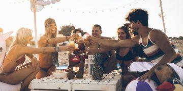 aperitivi-cene-feste-estate-come-sopravvivere