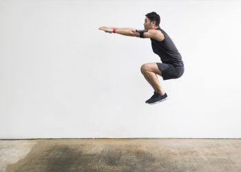 burpees: cosa sono, come farli, tutorial e workout
