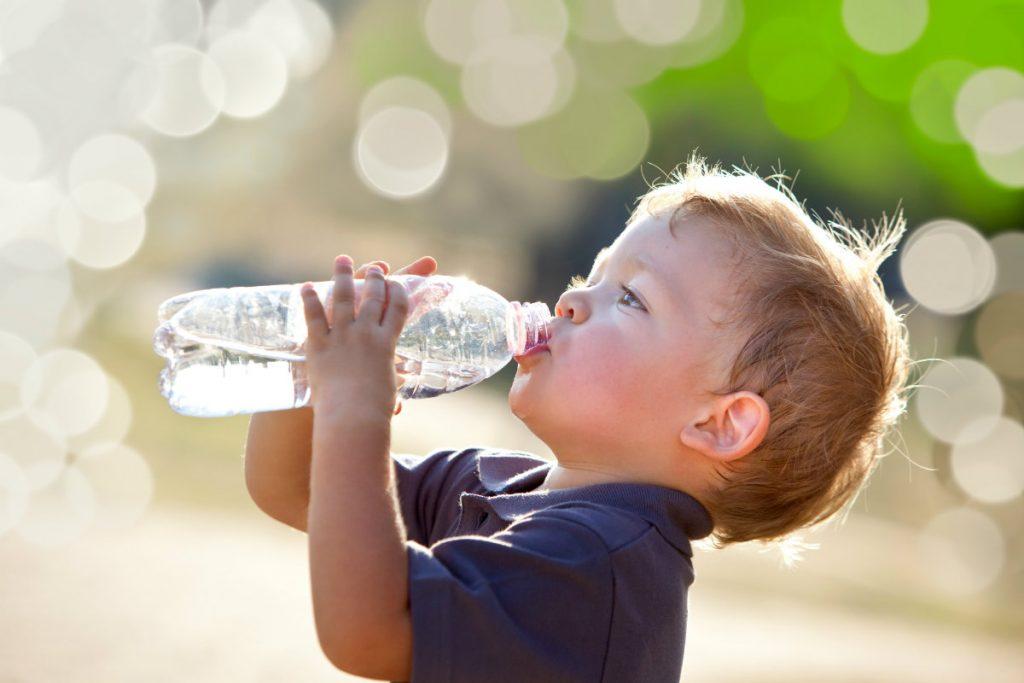 disidratazione, quanta acqua bere