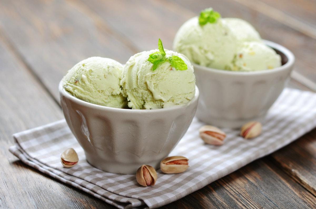gelato, i consigli per comprarlo e mangiarlo