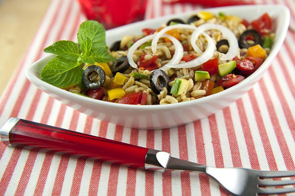 ricette con kamut insalata di kamut alla mediterranea