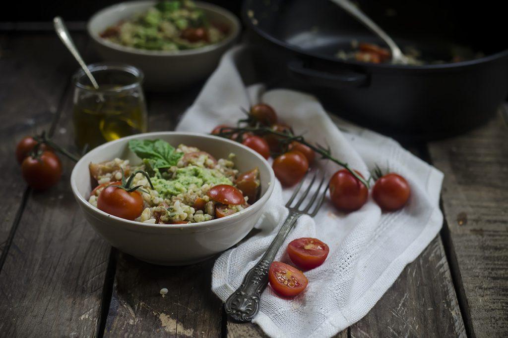ricette con orzo orzo al pesto di zucchine