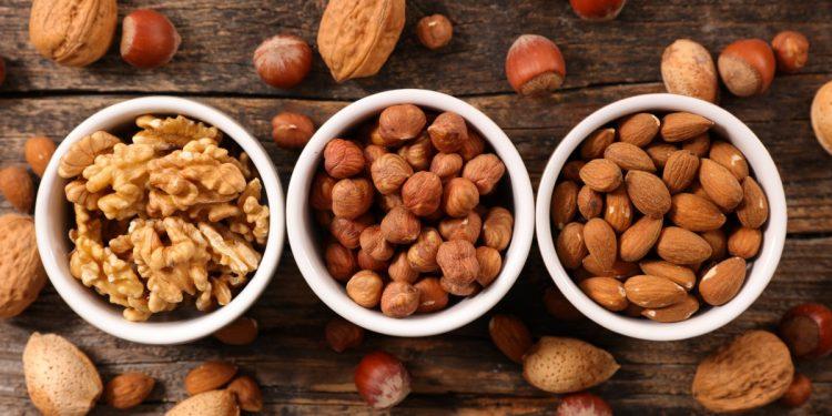 frutta-secca-2-volte-settimana-riduce-rischio-malattie-cardiovascolari