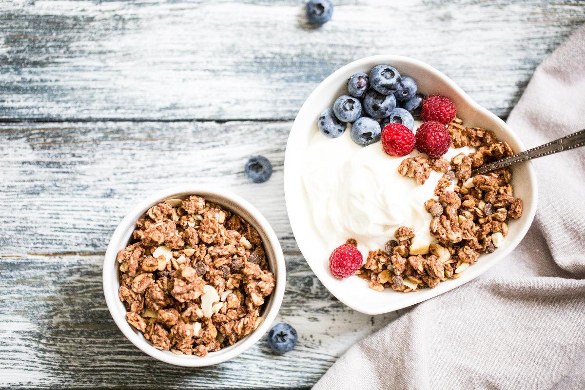 yogurt: proprietà, benefici e controindicazioni