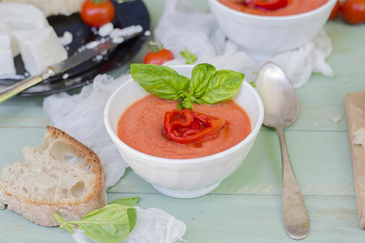 Zuppe fredde: zuppa fredda di pomodoro e peperoni