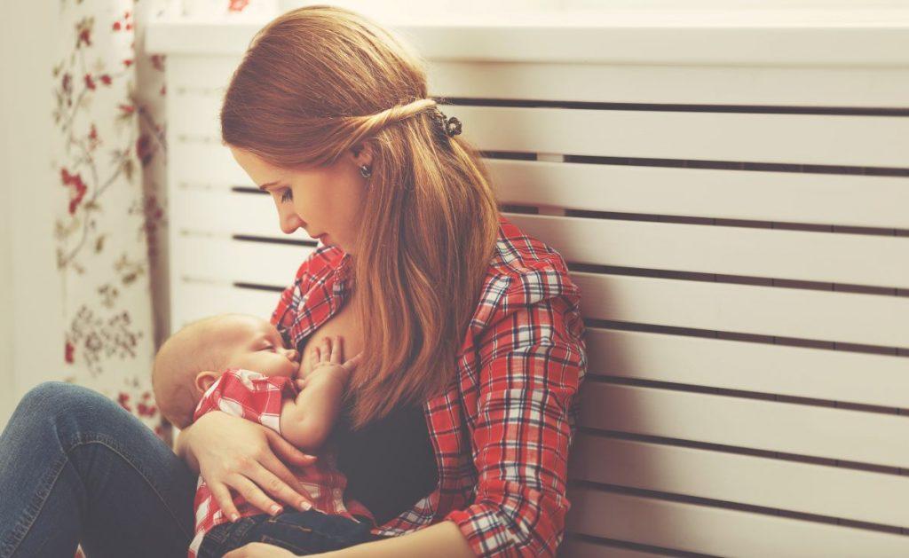 allattamento: benefici per la mamma