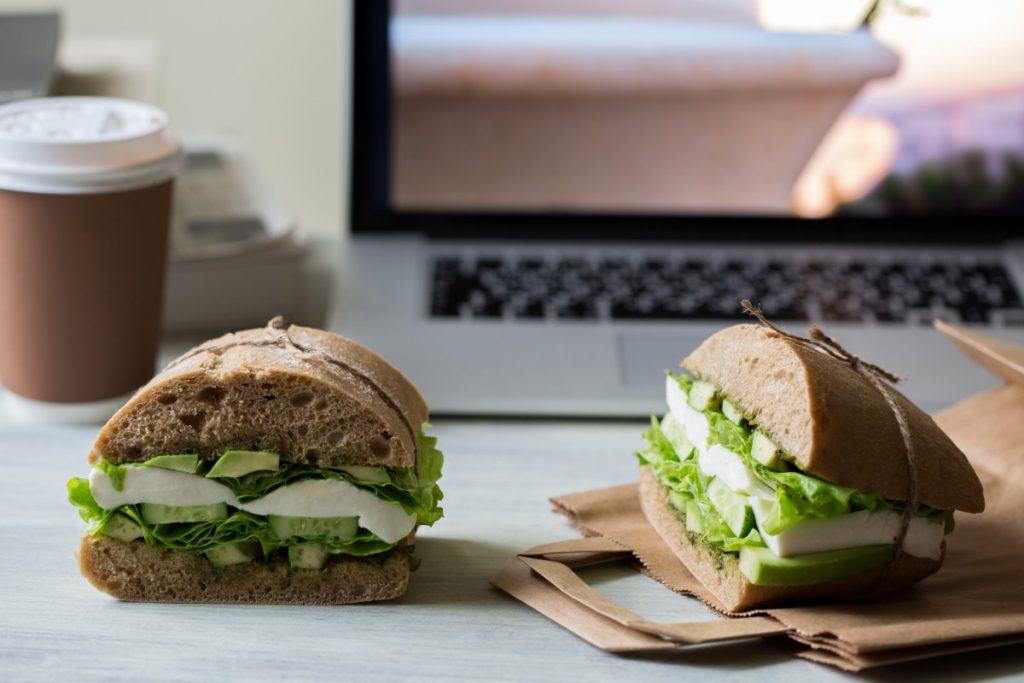 pranzo in ufficio: la dieta panino