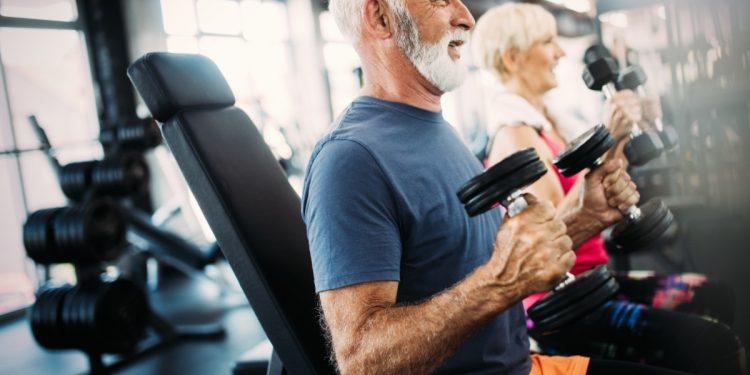 perche-invecchiando-prendere-peso