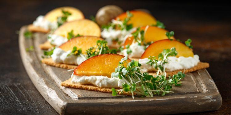 pesche: calorie, benefici valori nutrizionali e ricette