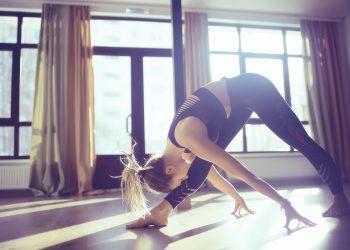 posizioni yoga per principianti, intermedi e avanzati