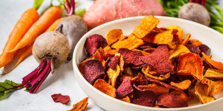 Chips: 5 ricette light contro gli attacchi di fame