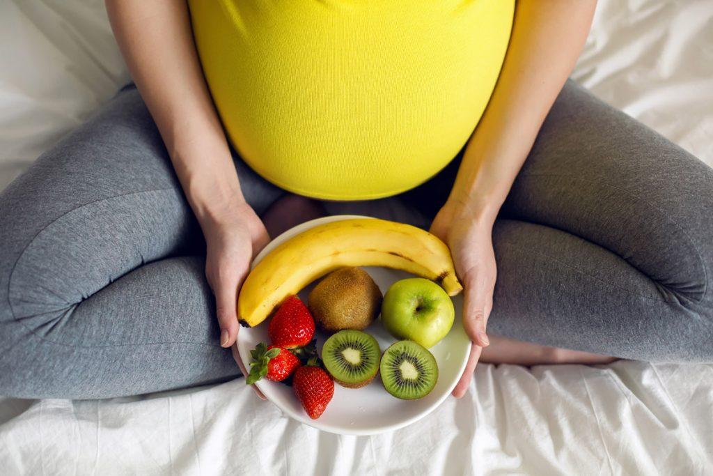 dieta sana in gravidanza corretto sviluppo bambino