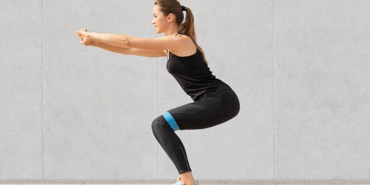 esercizi-fascia-elastica