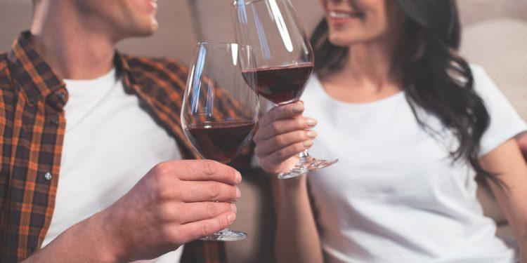 I genitori bevono alcol prima del concepimento? Aumenta il rischio di difetti cardiaci congeniti per il figlio
