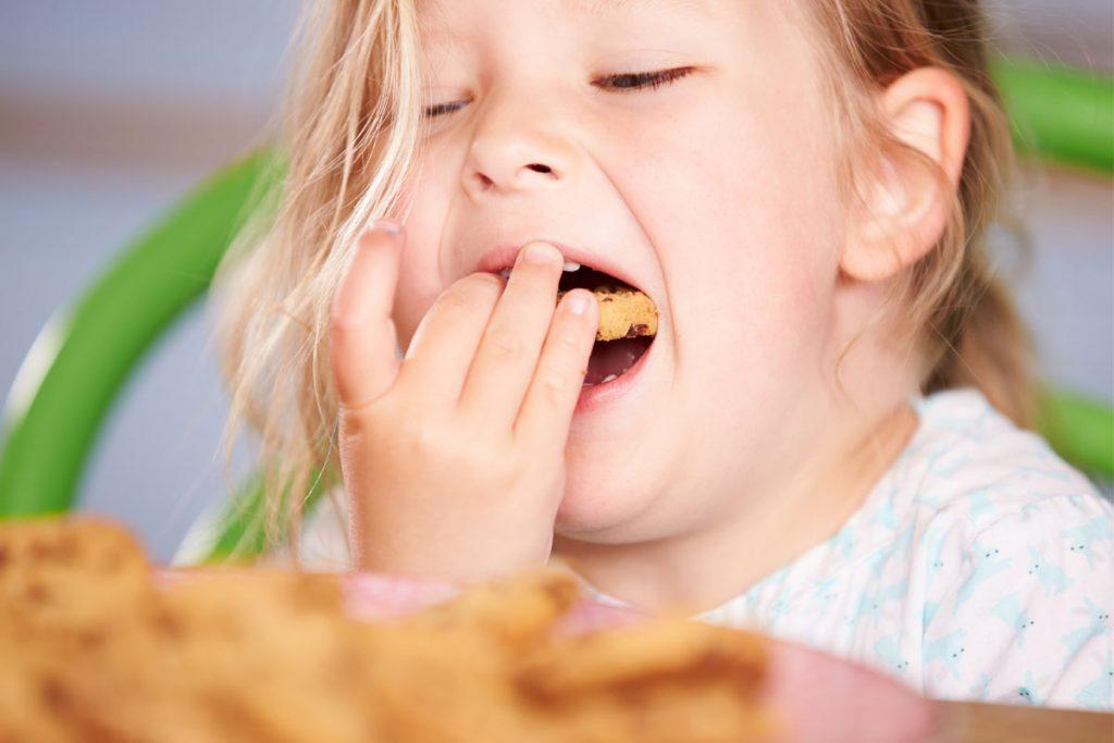 bambini e adolescenti sovrappeso: importanza merenda sana