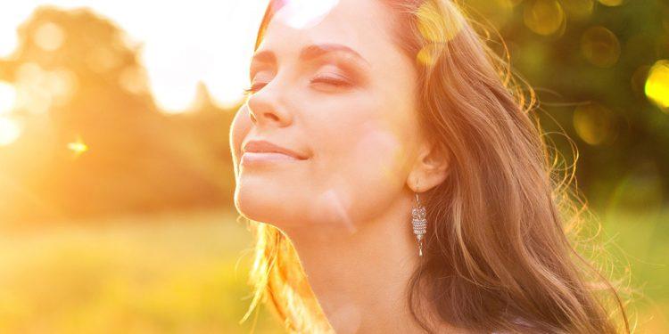 La luce del sole migliora il microbiota intestinale. Merito della vitamina D