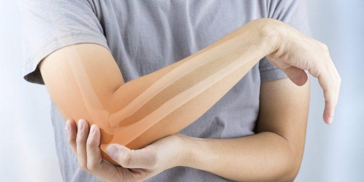 Osteoporosi: latte, tonno e rucola per mantenere in salute le tue ossa