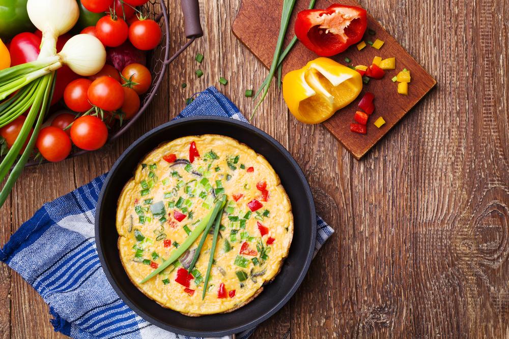ricette con 3 ingredienti: omelette di cipolle