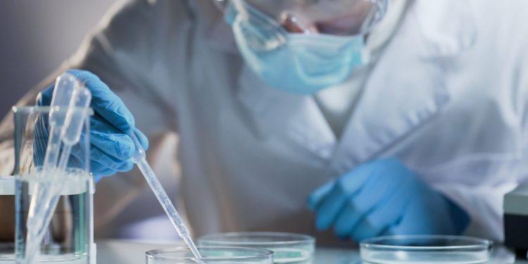 tumore colon-retto: individuata proteina che causa crescita