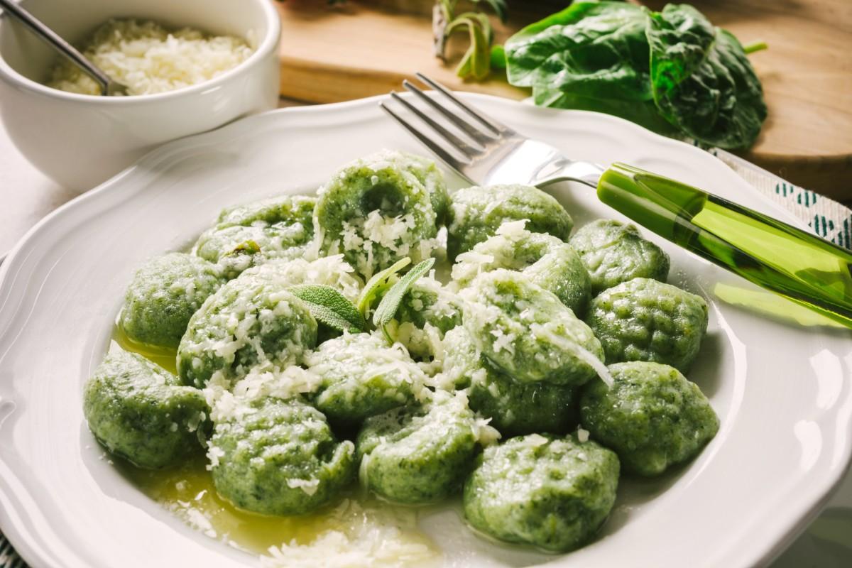 ricette con spinaci: gnocchi patate e spinaci
