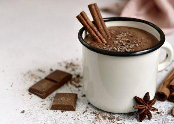 Cioccolata calda fatta in casa ricetta
