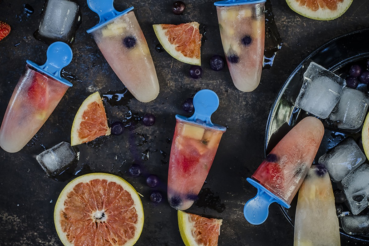 ghiaccioli pomplemo fragole mirtilli