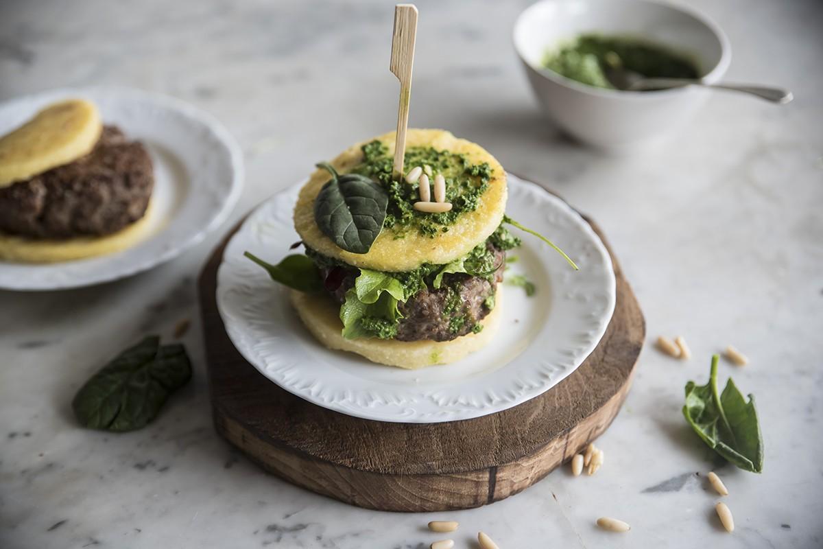 hamburger polenta spinaci carne