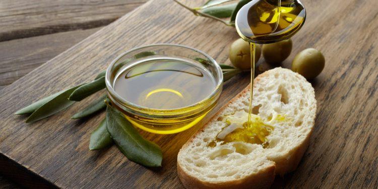 L'olio extravergine di oliva protegge da varie forme di demenza
