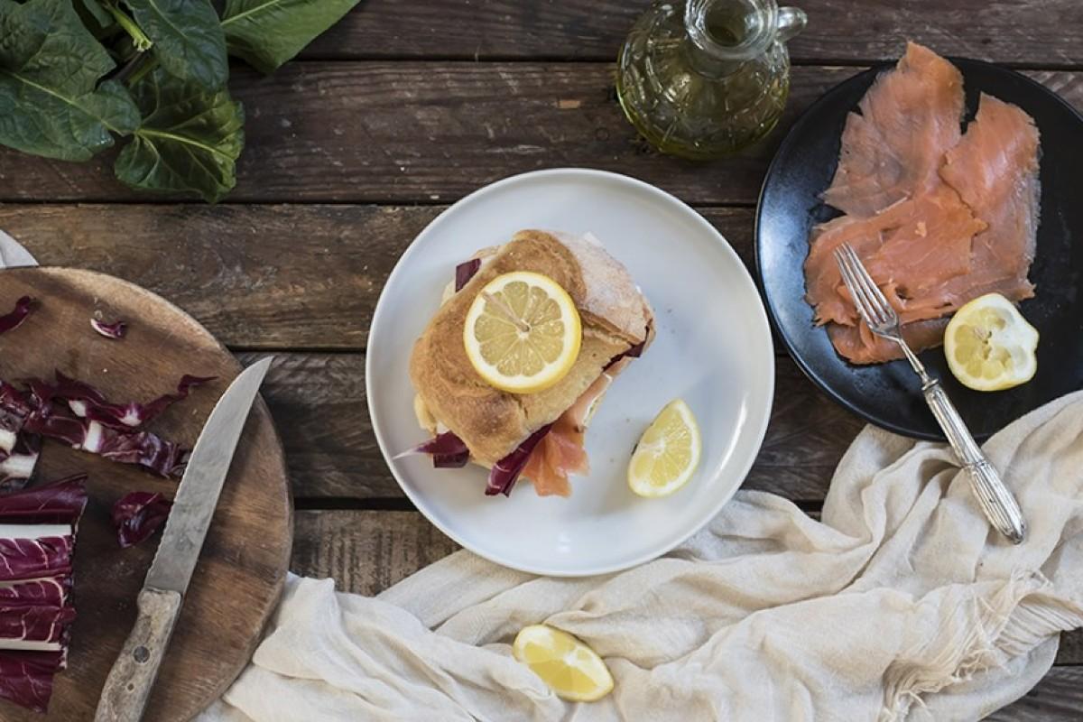panino salmone radicchio robiola