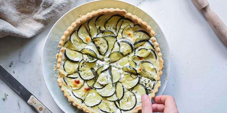 Torta salata con zucchine e certosa ricetta