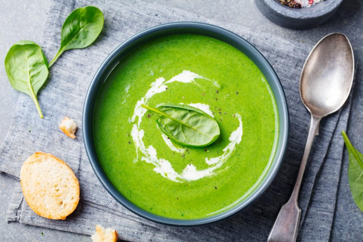 ricette con spinaci: vellutata di spinaci