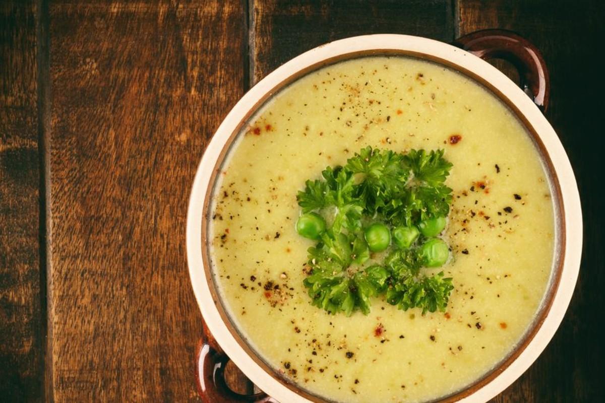 ricette con i porri: vellutata porri e ceci tostati