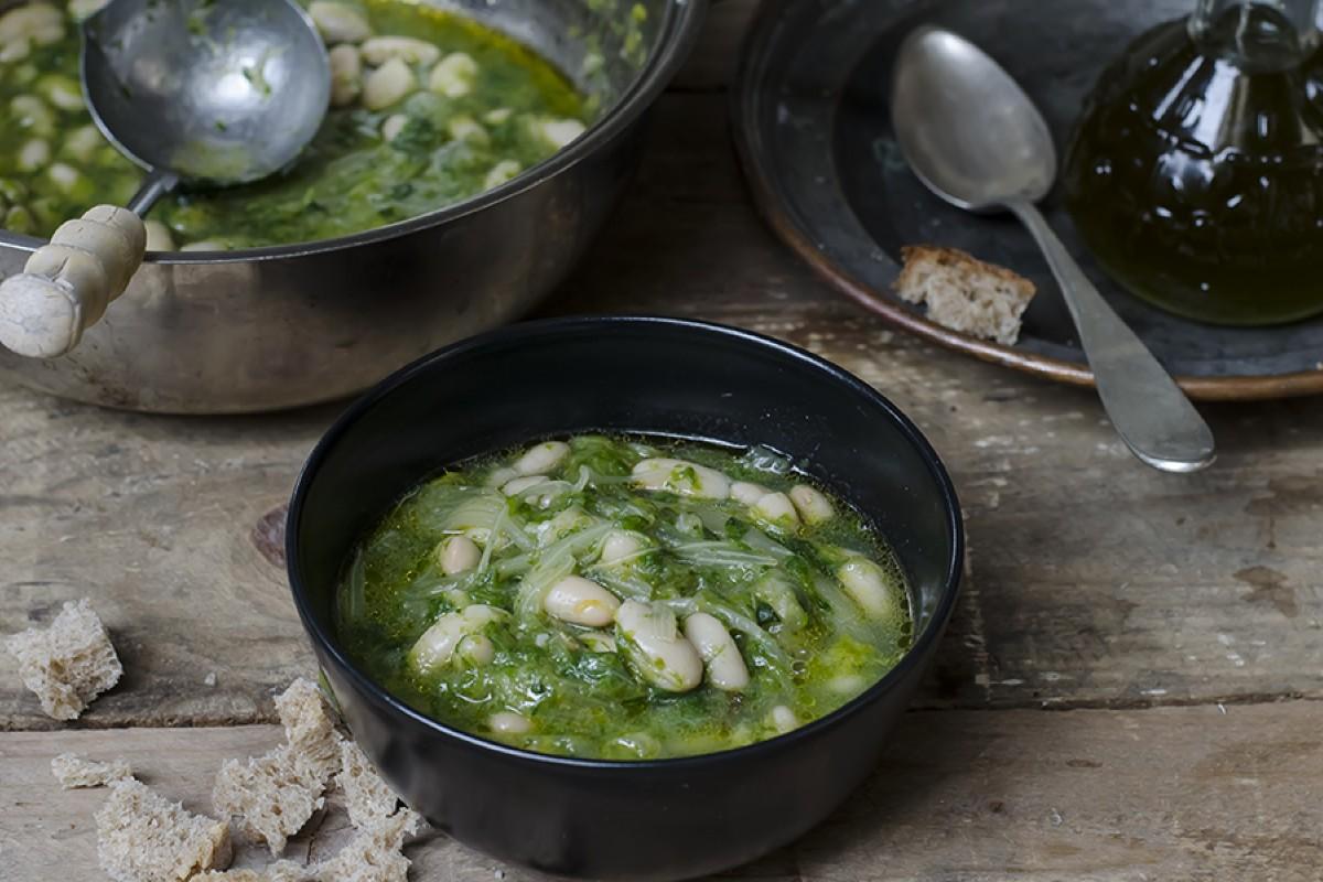 zuppa scarola e fagioli