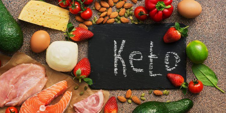 Dieta chetogenica: cos'è, come funziona, rischi e controindicazioni