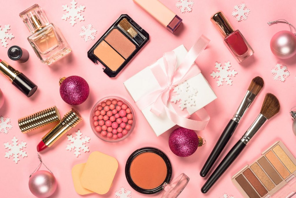 Natale 2019: 10 idee regalo per le beauty addicted