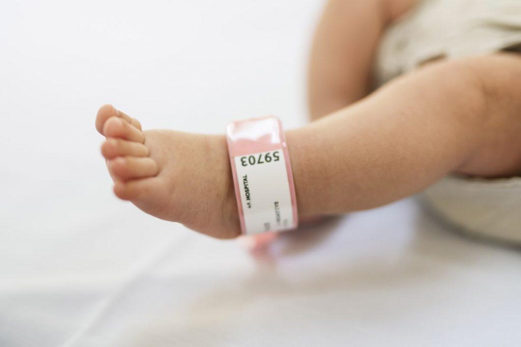 parto naturale: chi può sceglierlo, posizioni, gestione del dolore
