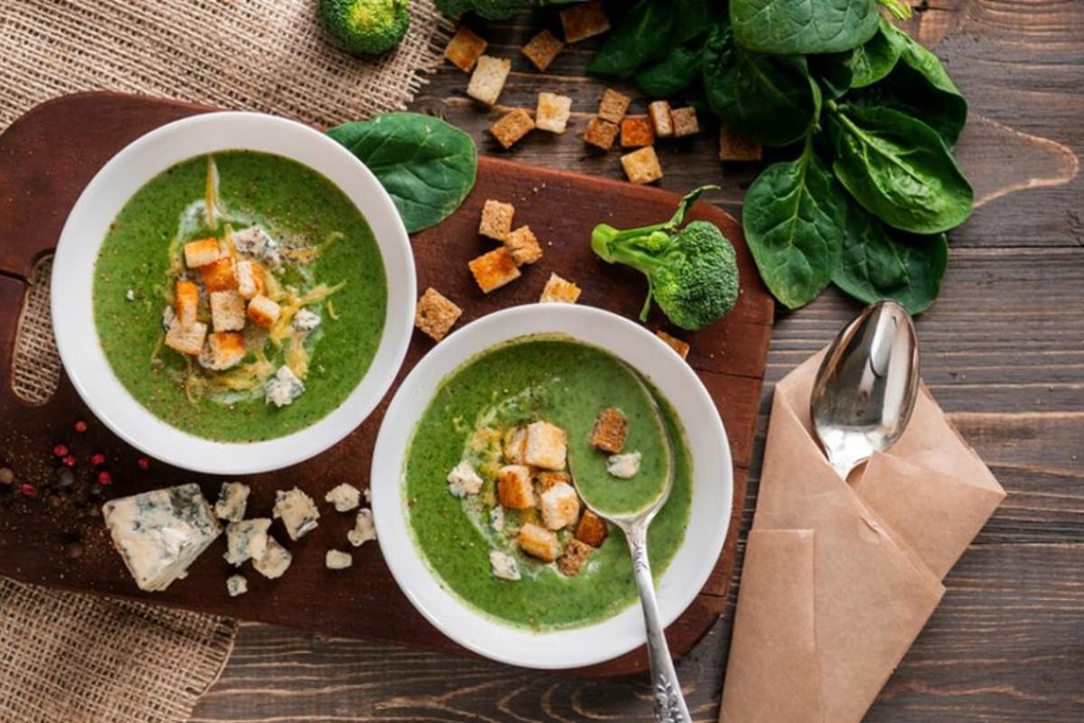 ricette detox - vellutata di spinaci