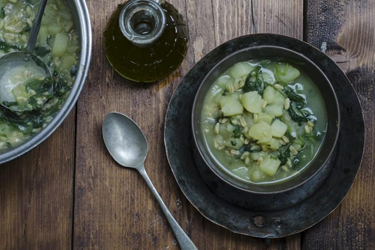 ricette detox - zuppa patate bietole kamut