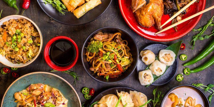 Cucina cinese: 10 utensili indispensabili per una serata dal sapore orientale