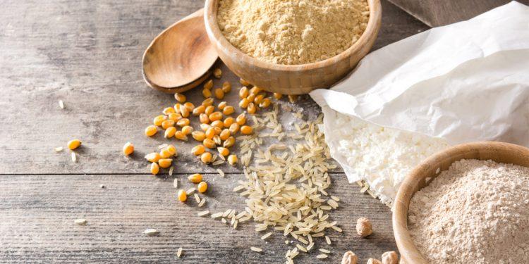 Ceci, mais, riso: 3 farine non di frumento da provare. I benefici e 3 ricette