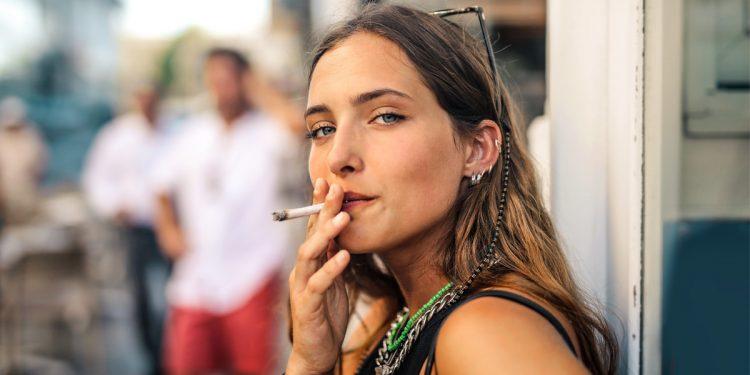 Fumo, rischi per la salute mentale. Lo rivela uno studio condotto su un gruppo di universitari