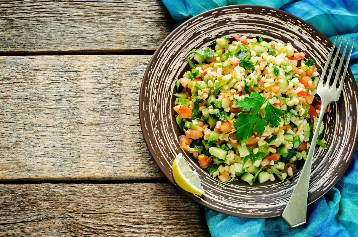 insalata di bulgur con verdure