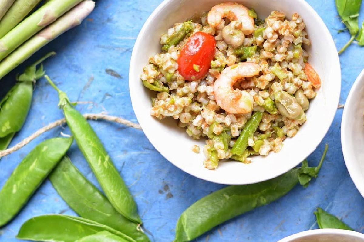 insalata farro fave piselli asparagi code di gambero zenzero