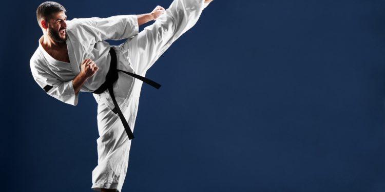 karate: cos'è, come funziona, storia, combattimento e benefici