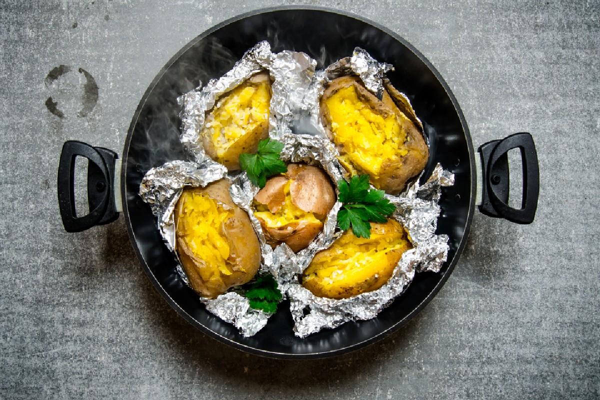 cibi da non tenere in frigo: patate