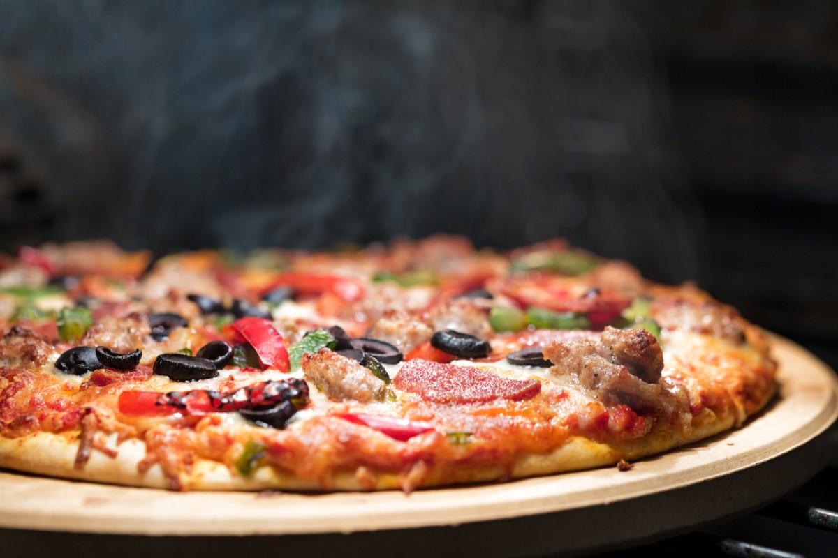 pizza peperoni olive