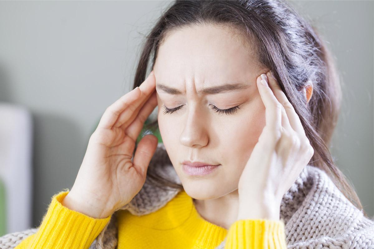 sonno frammentato aumenta rischio emicrania