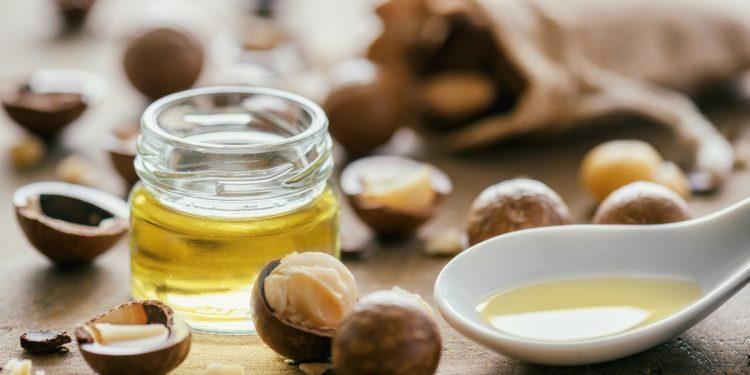 noci di macadamia: storia, benefici, valori nutrizionali e usi alternativi e in cucina